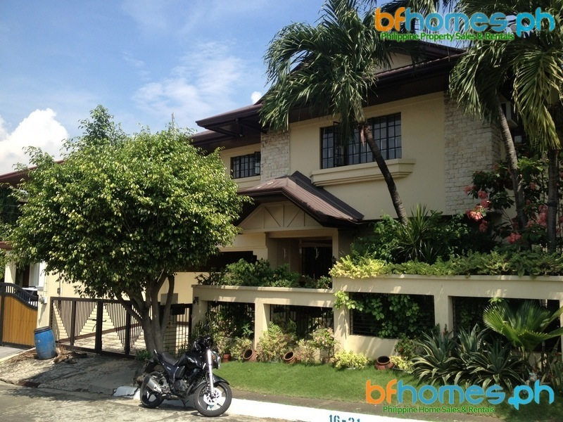 AAV Well Maintained House for Sale in Southbay Village Muntinlupa.