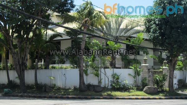 AAV Corner House for Sale or Rent.