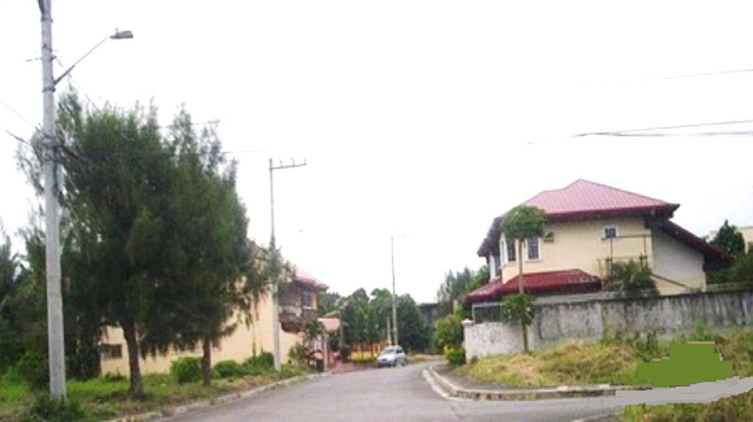 FOR SALE: Lot / Land / Farm Laguna 10