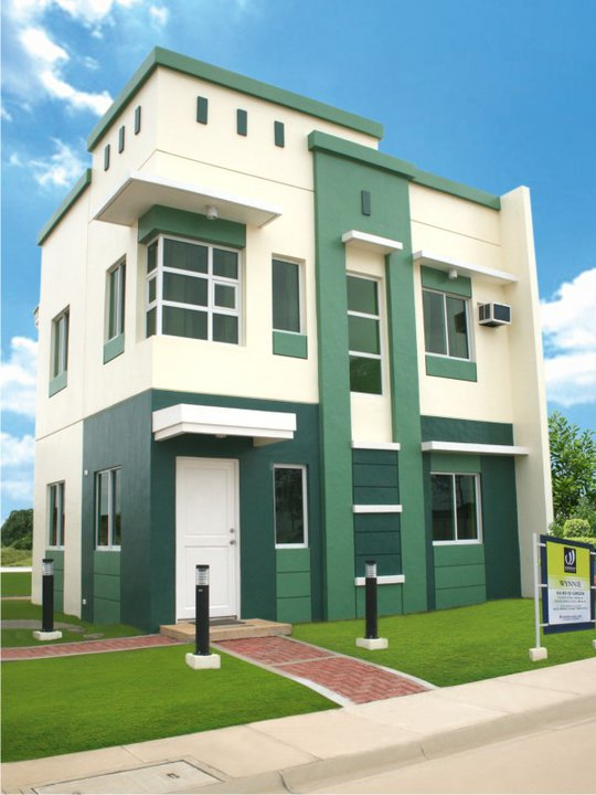 4bedroom dasma cavite house along Aguinaldo Highway
