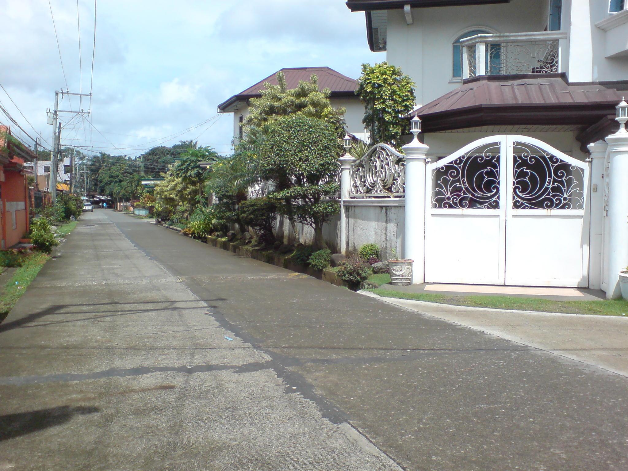 corner road fronting lot