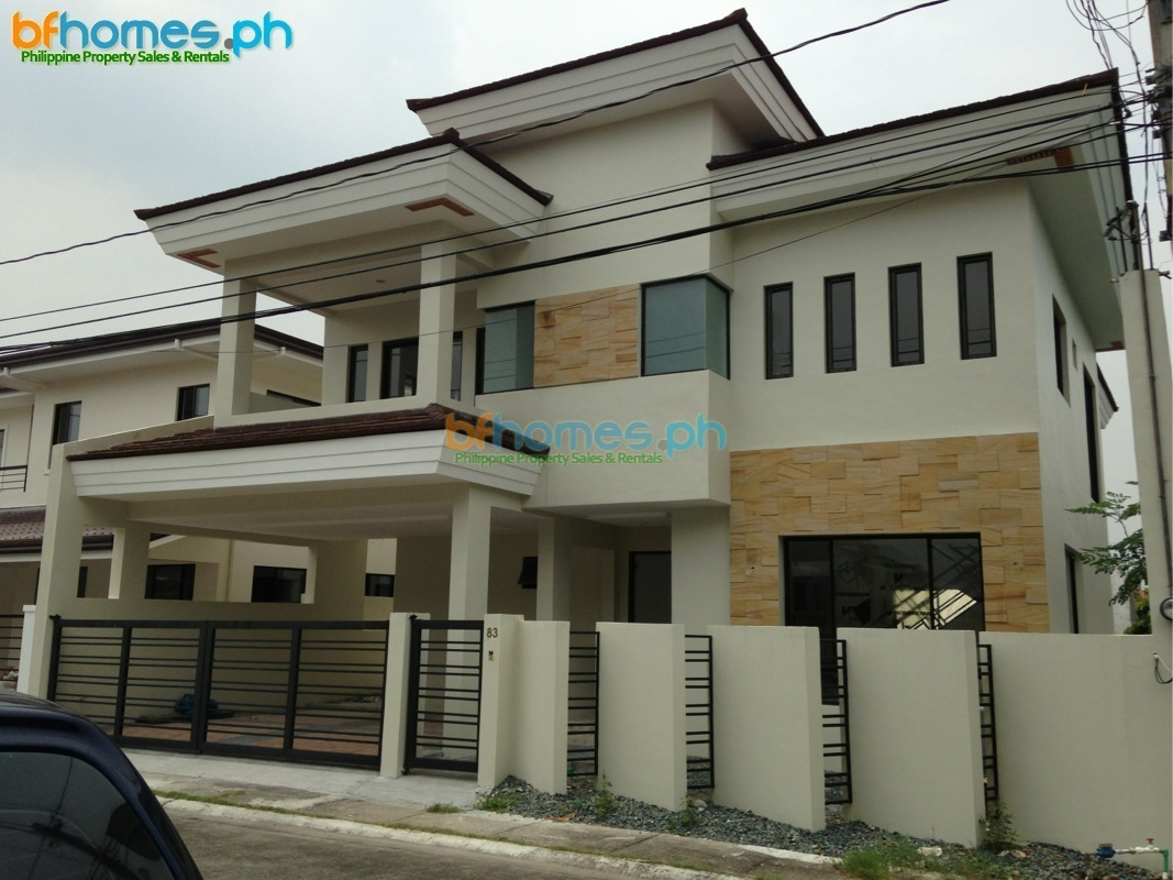 7 Bedrooms Renovated to New House for Sale in Alabang 400 Muntinlupa.