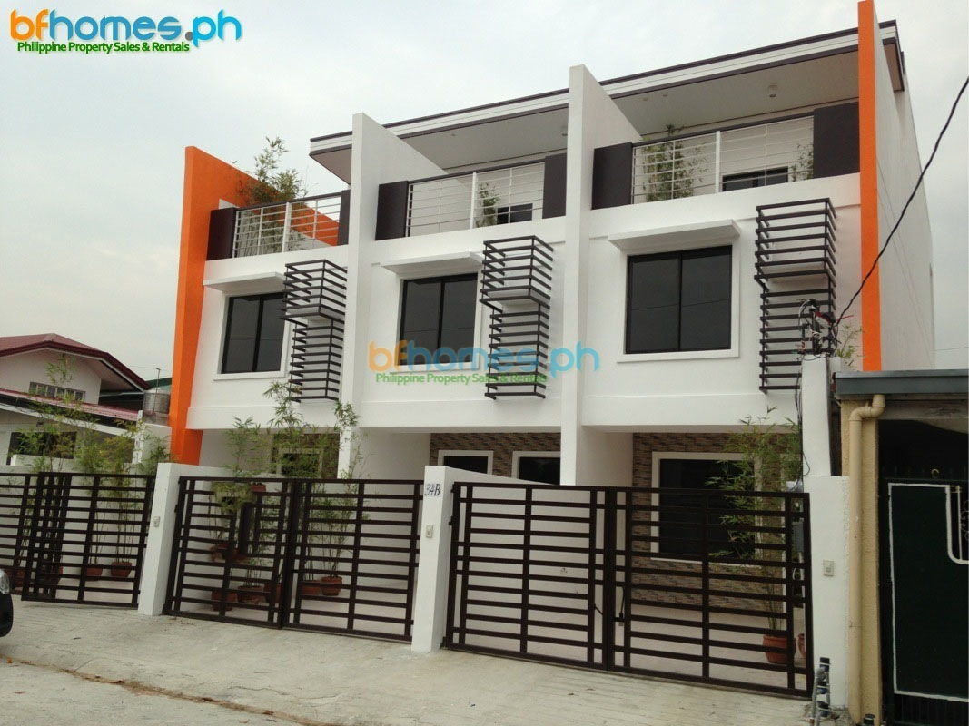 Pilar Village Townhouse for Sale.
