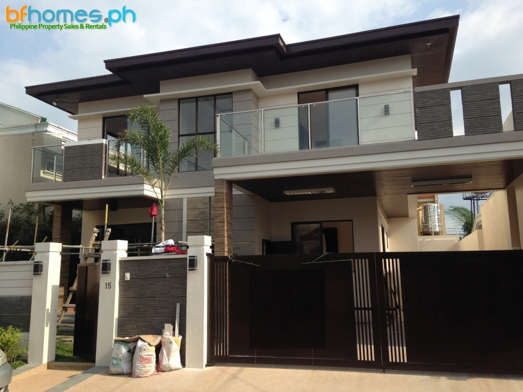 Brandnew Contemporary 2 Story House for Sale in BF Homes.