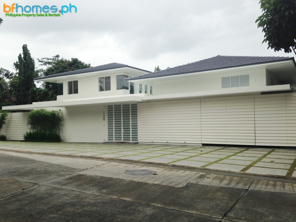 Ayala Alabang Brandnew Modern Zen House for Rent or Sale.