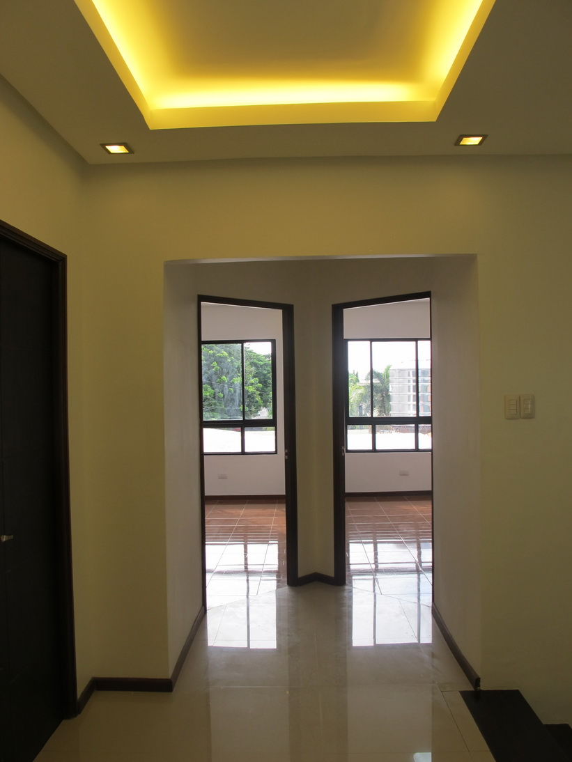 FOR SALE: Apartment / Condo / Townhouse Manila Metropolitan Area > Paranaque 15