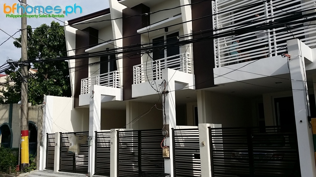 2 Story Triplex for Sale in San Antonio Valley Paranaque City.