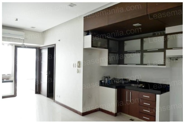 FOR SALE: Apartment / Condo / Townhouse Rizal > Taguig 2