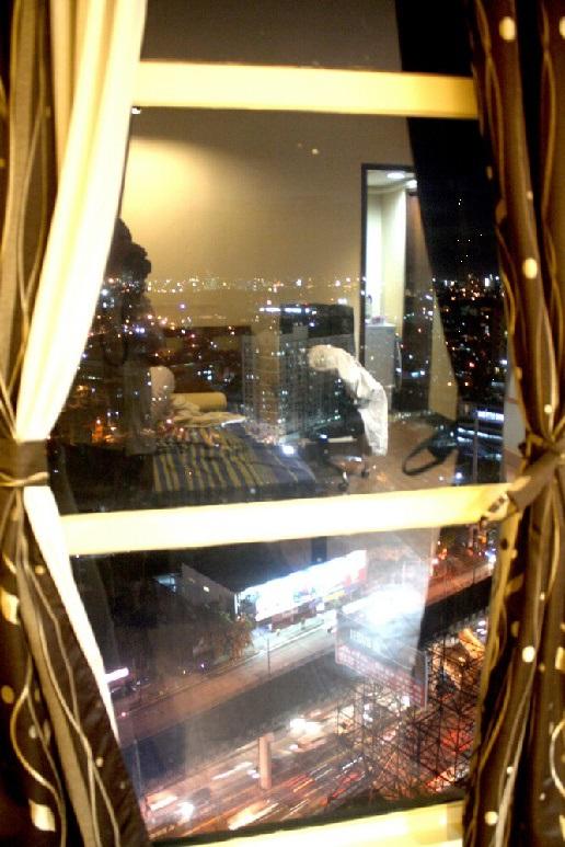 overlooking Edsa avenue from the bedroom window