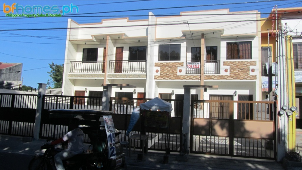 Brandnew 4Bedrooms Townhouse in Las Pinas.