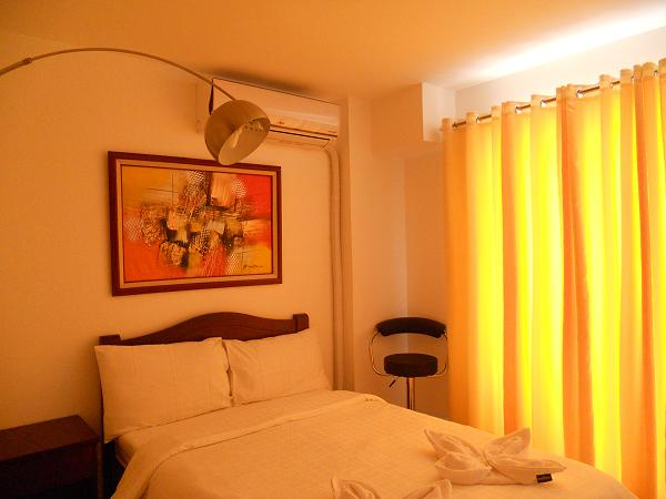 FOR SALE: Apartment / Condo / Townhouse Manila Metropolitan Area > Makati 6