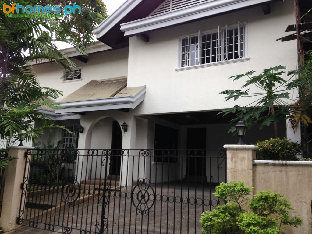 House for Rent: Ayala Alabang Newly Refurbish with Pool.