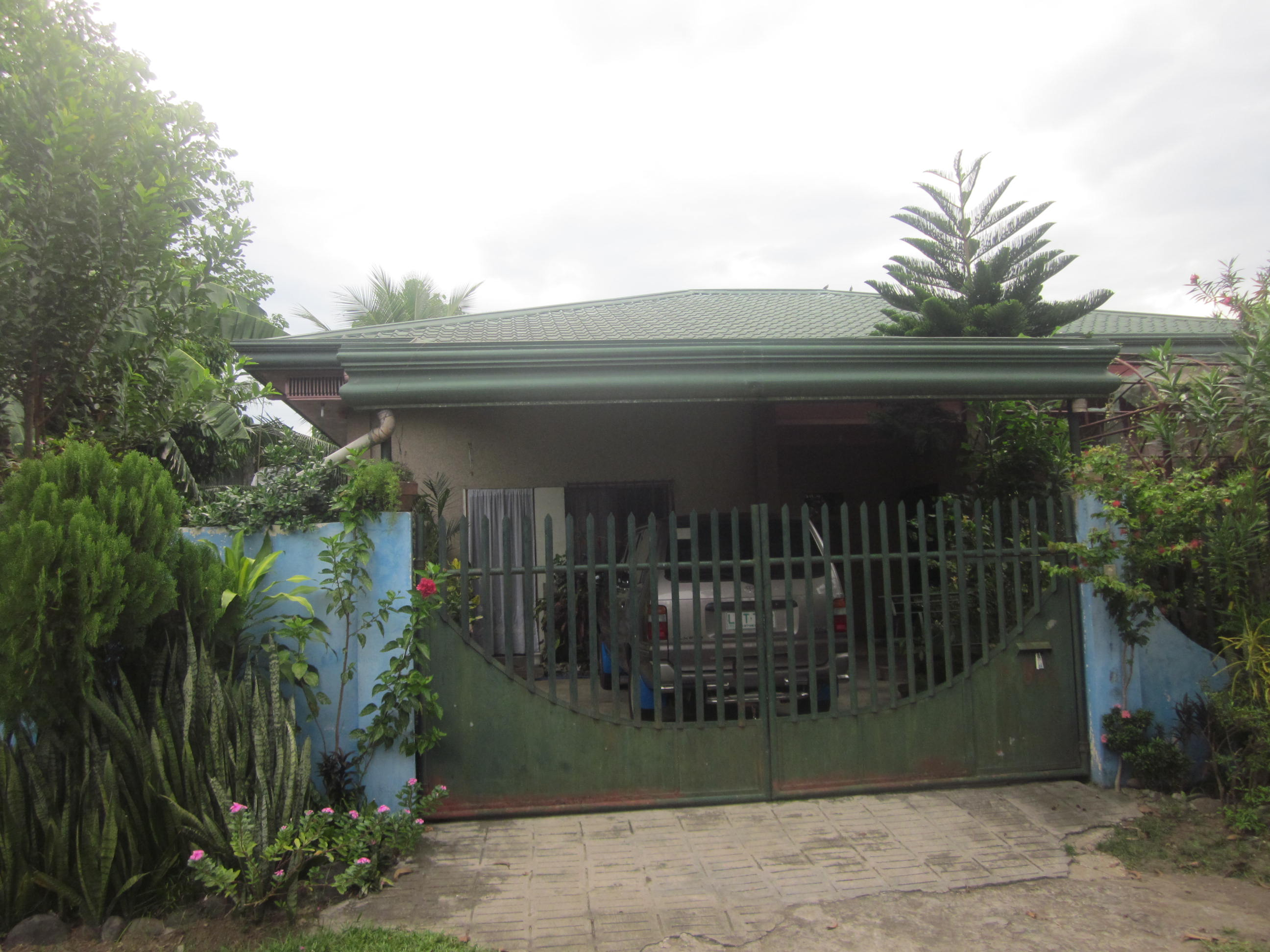 FOR SALE: House Davao >Davao City