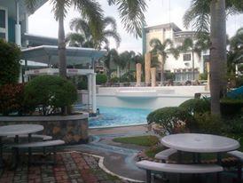 FOR SALE: House Laguna 10