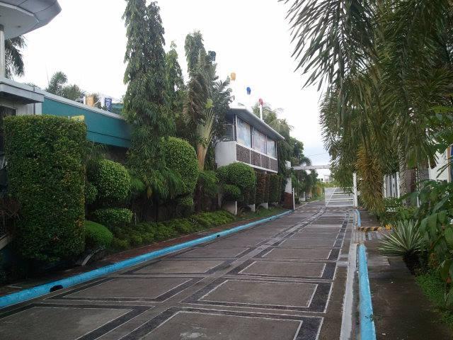 FOR SALE: House Laguna 9