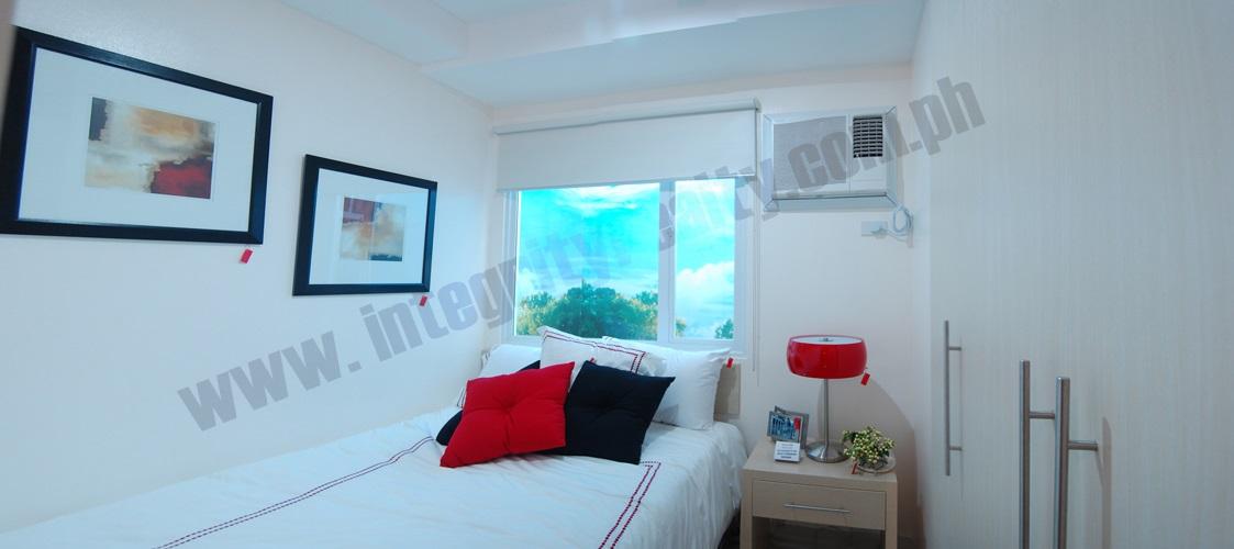 Grass Bedroom
