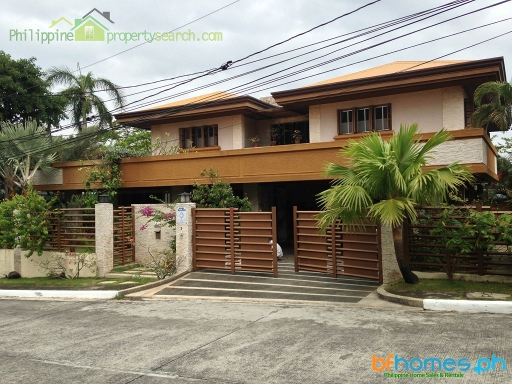 Well Maintained House for Sale in Pacific Village Muntinlupa