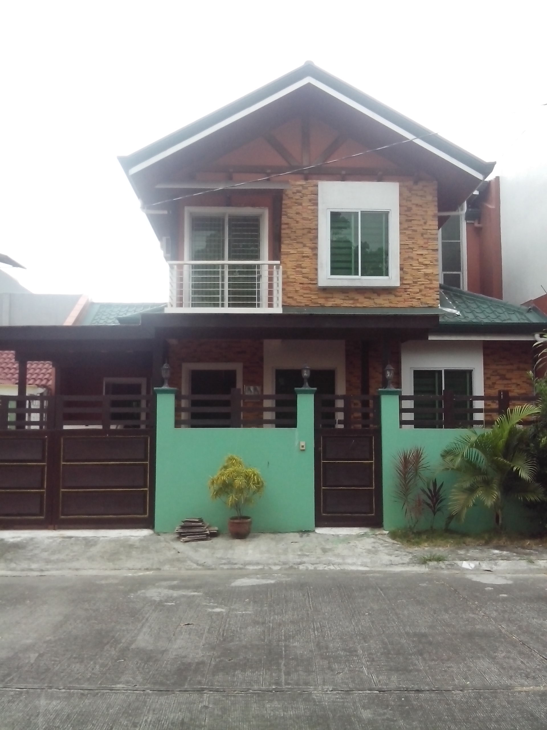 FOR SALE: Apartment / Condo / Townhouse Laguna > Sta Rosa 0