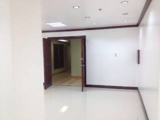 FOR SALE: Office / Commercial / Industrial Manila Metropolitan Area > Makati 1