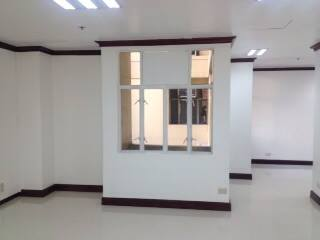 FOR SALE: Office / Commercial / Industrial Manila Metropolitan Area > Makati 5
