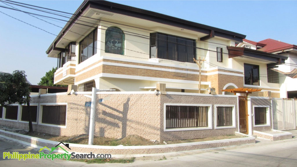 Newly Renovated 2-Story 5BR corner House in BF Paranaque