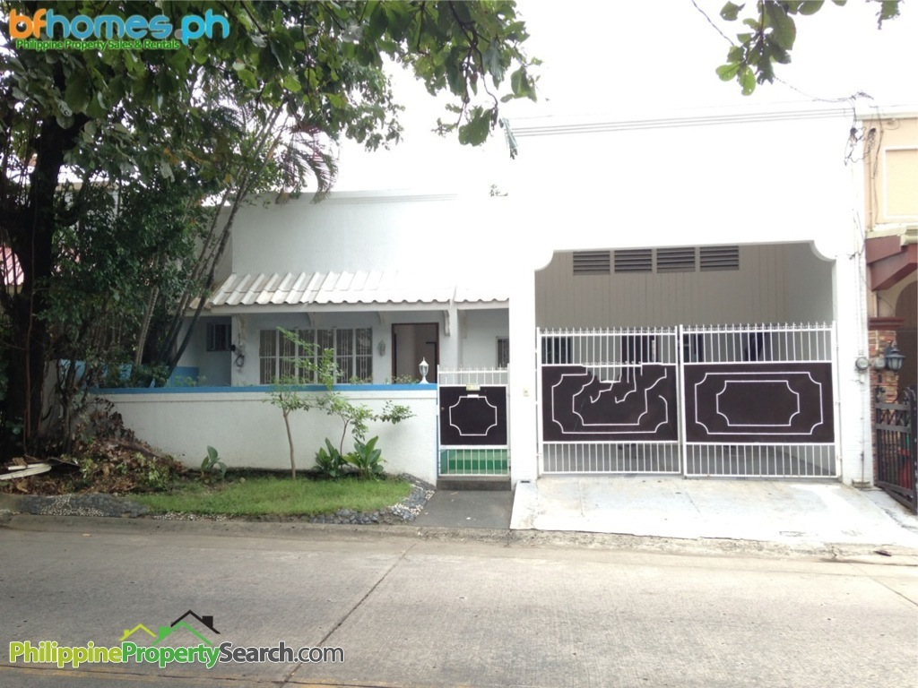 Sale or Rent: BF Homes 3 bedroom bungalow You are here:      Home     Property     Sale or Rent: BF Homes 3 bedroom bungalow