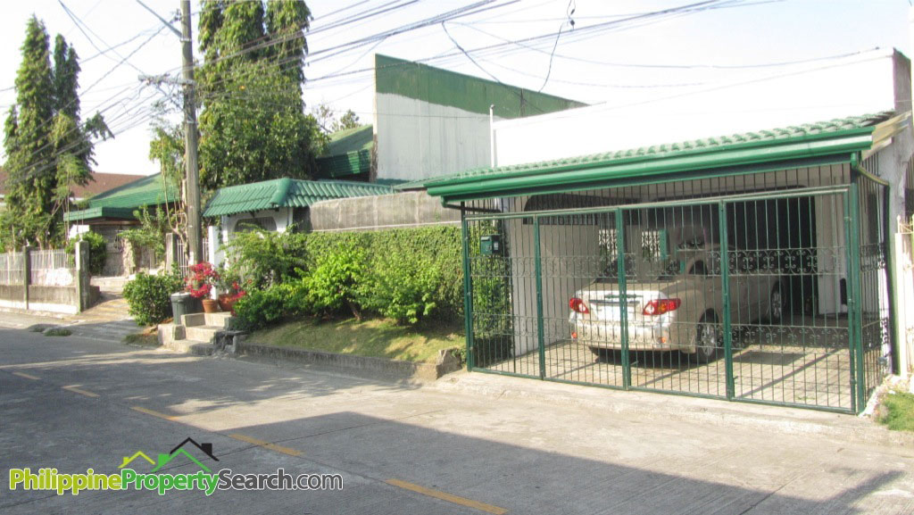 Well-Maintained Bungalow For Sale in Paranaque BF Homes
