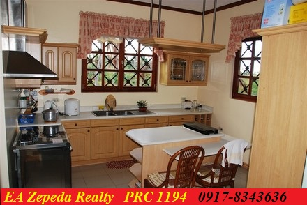 FOR SALE: House Mindoro Oriental > Puerto Galera 3