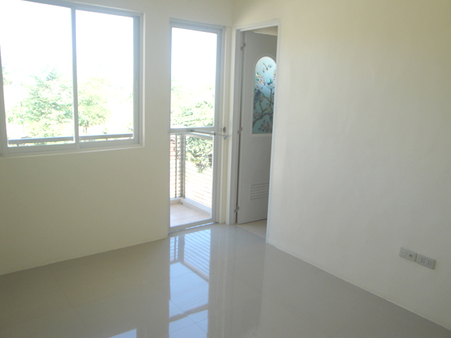 FOR SALE: Apartment / Condo / Townhouse Manila Metropolitan Area > Quezon 20