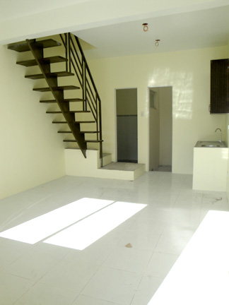 FOR SALE: Apartment / Condo / Townhouse Manila Metropolitan Area > Quezon 24