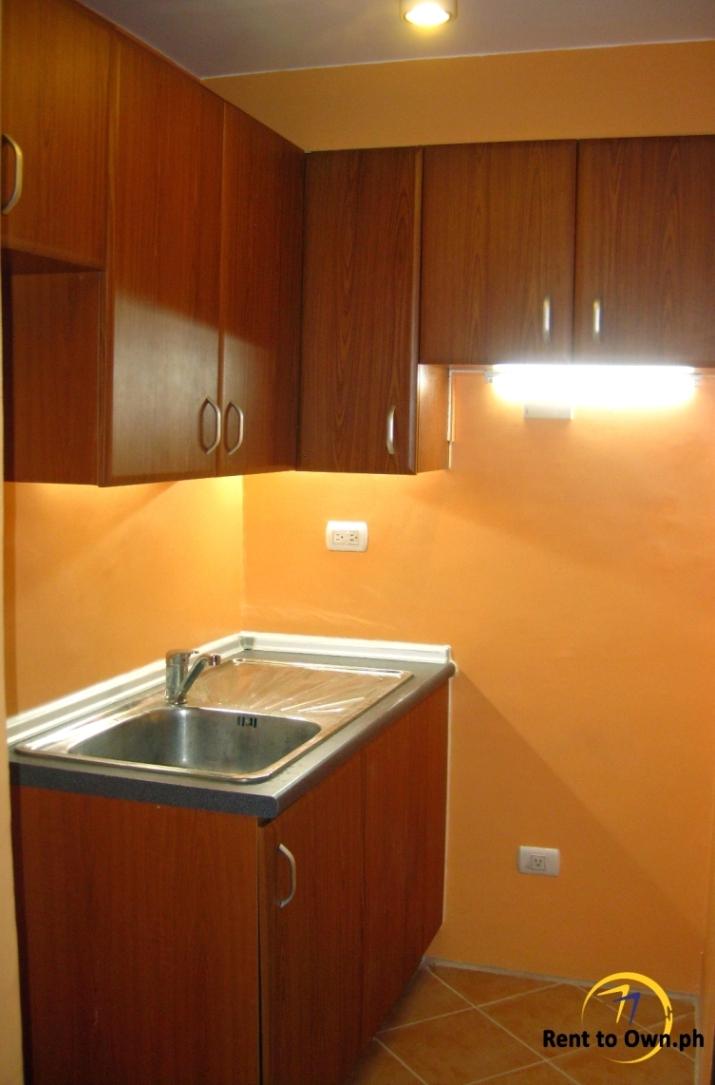Kitchen 1 - http://www.renttoown.ph