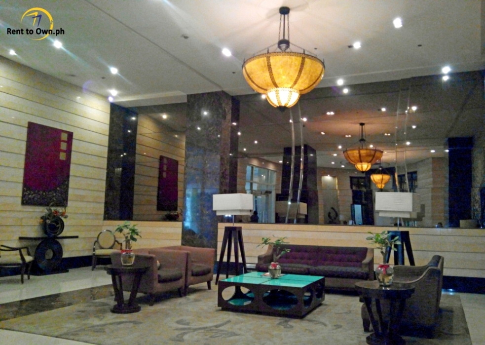 Lobby 1 - http://www.renttoown.ph