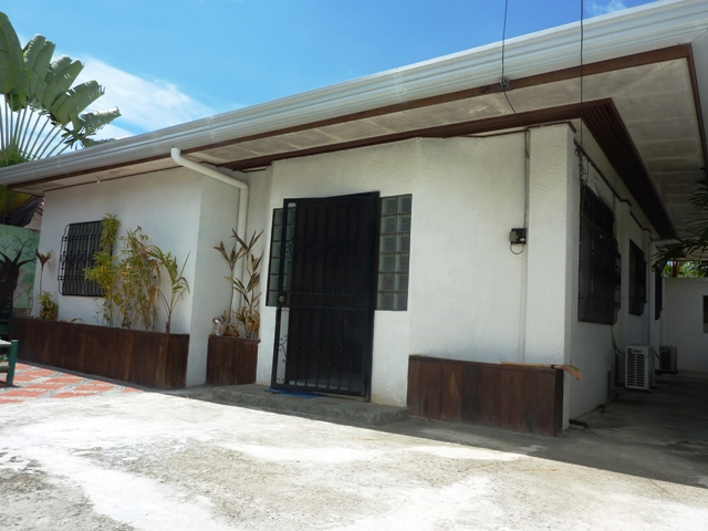 FOR RENT / LEASE: House Cebu