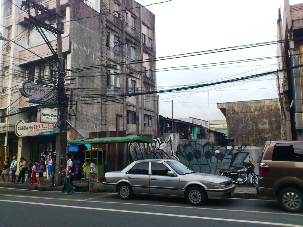 ACTUAL SITE OF OUR COMMERCIAL LOT FOR SALE ALONG JP RIZAL, LOCATED AT THE CENTER OF MARIKINA