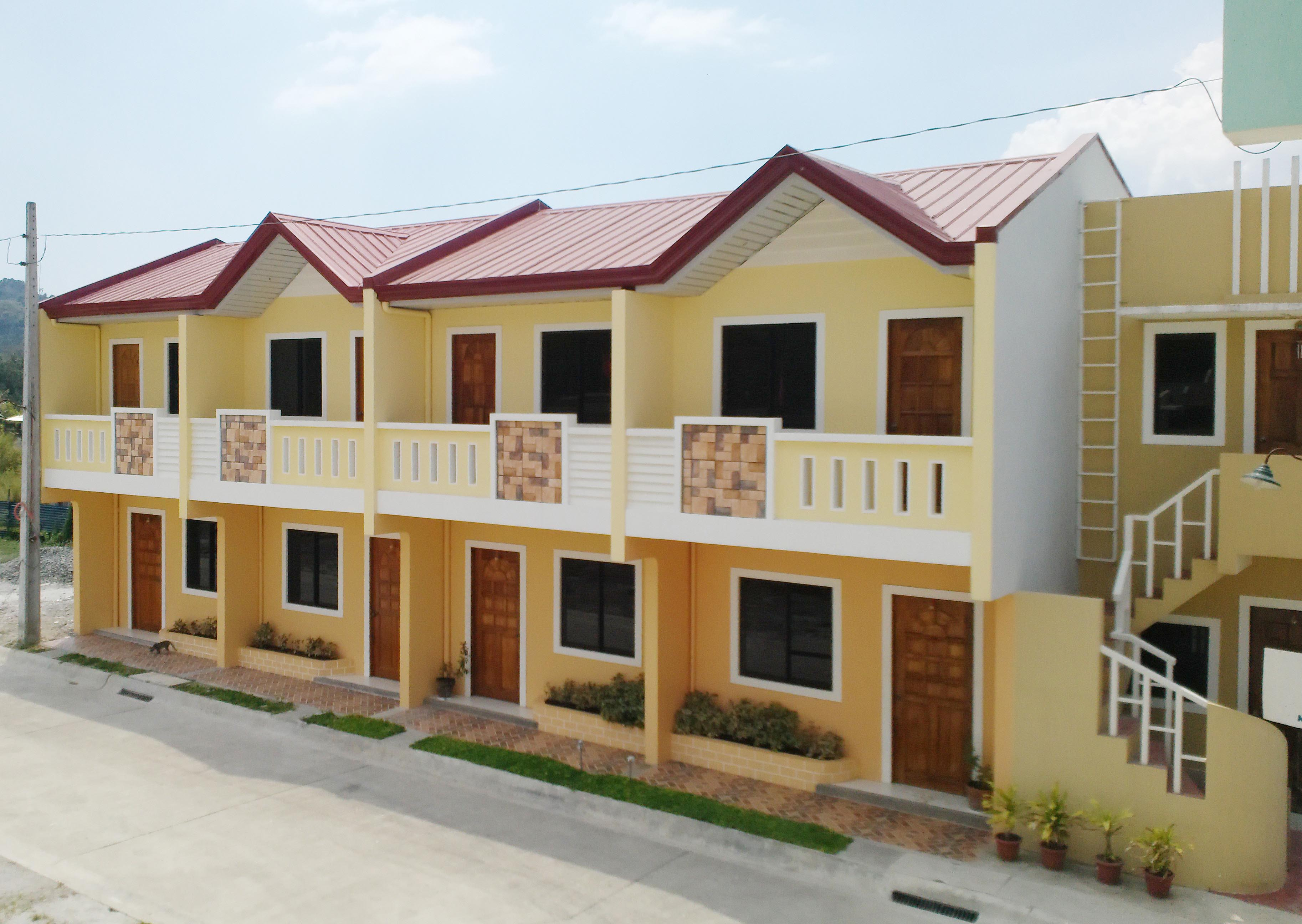 FOR SALE: House Zambales > Other areas