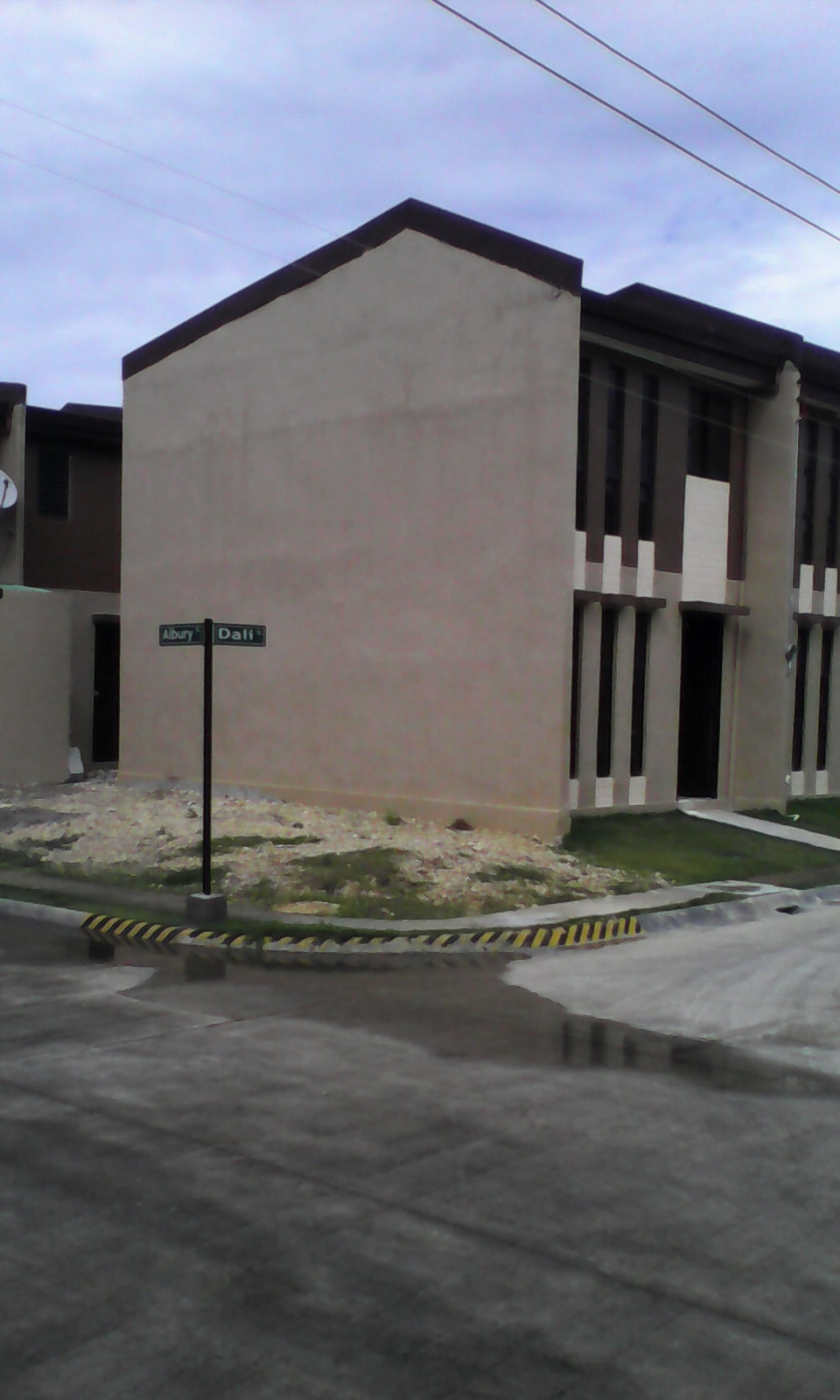 FOR RENT / LEASE: House Cebu > Mactan 8