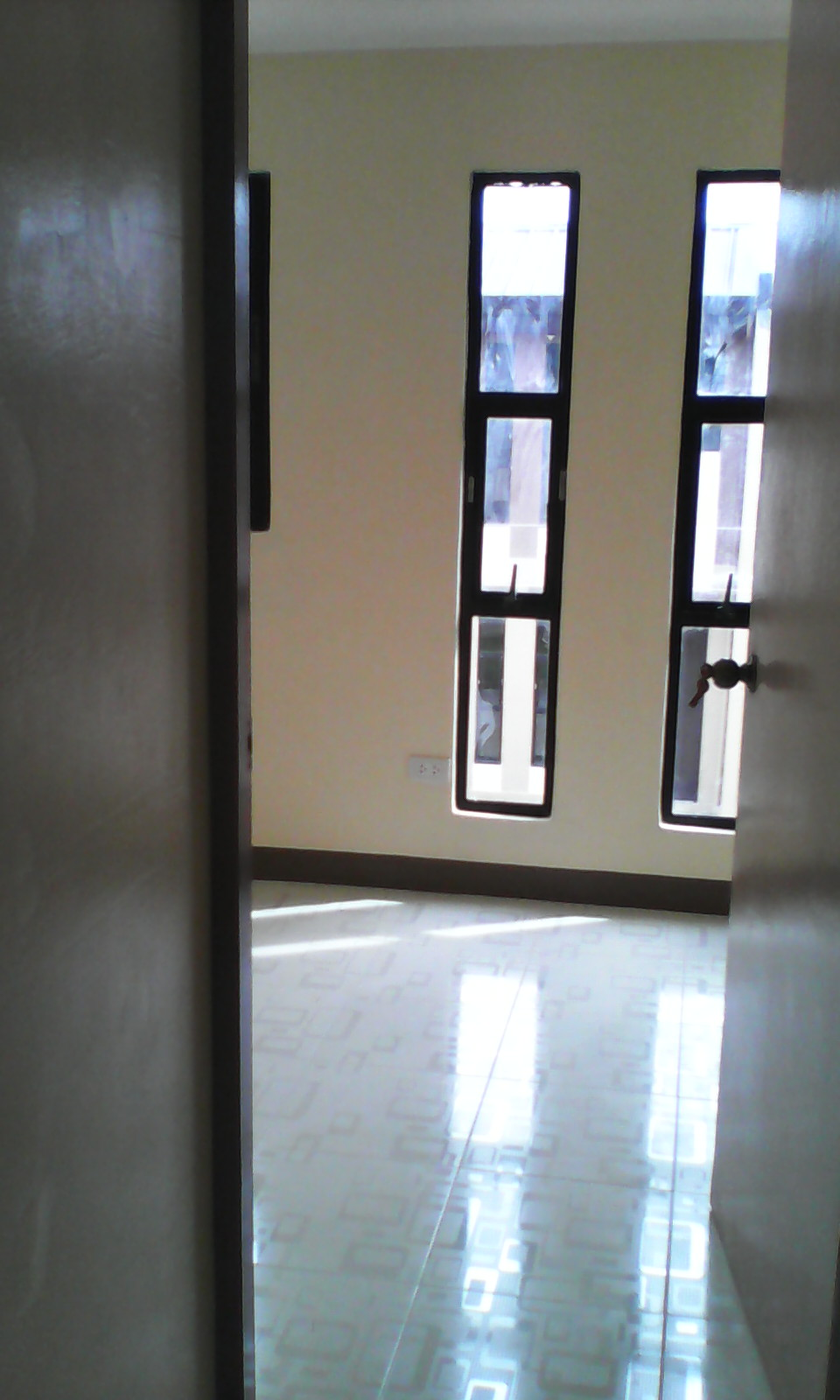 FOR RENT / LEASE: House Cebu > Mactan 3