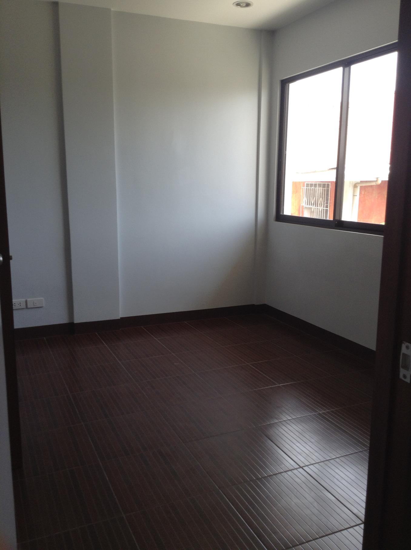 FOR RENT / LEASE: Apartment / Condo / Townhouse Cebu > Mandaue