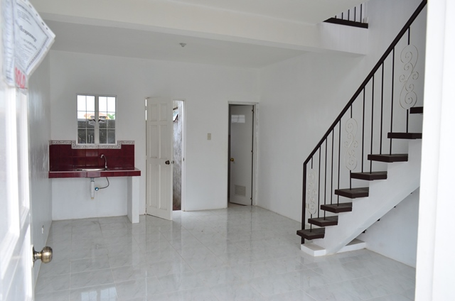 FOR SALE: Apartment / Condo / Townhouse Rizal > Other areas 1