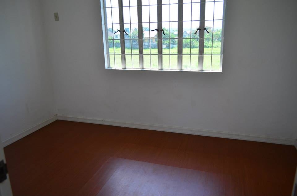 FOR SALE: Apartment / Condo / Townhouse Rizal > Other areas 4