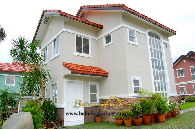 FOR SALE: House Cavite > Bacoor 1