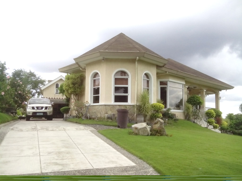 FOR SALE: House Batangas
