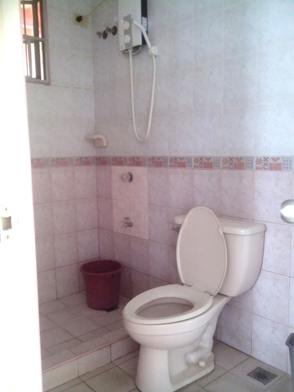 FOR RENT / LEASE: House Cavite 6