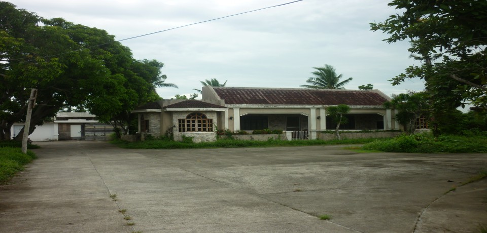 FOR SALE: House Capiz 4