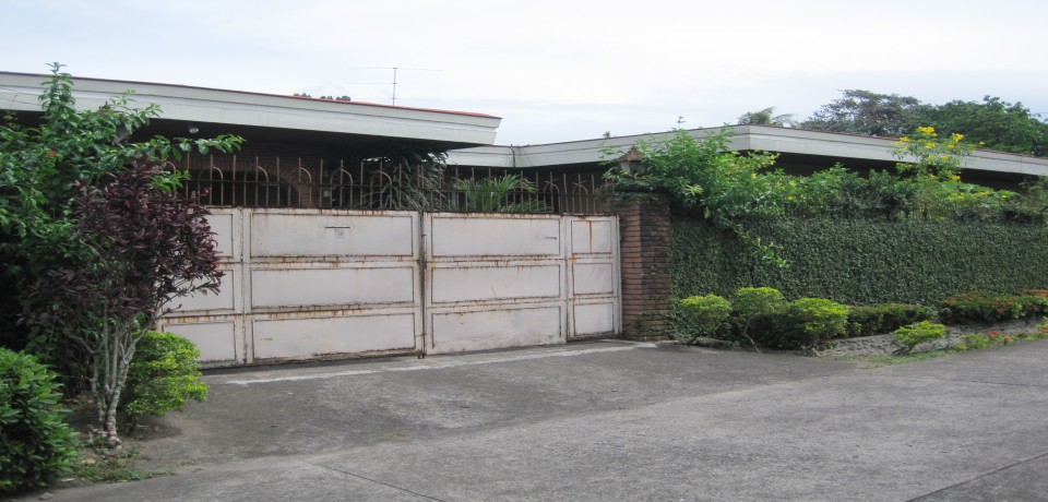 FOR SALE: House Negros Occidental 3