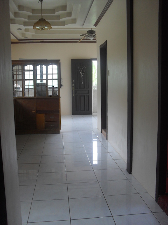 FOR SALE: House Davao >Davao City 1