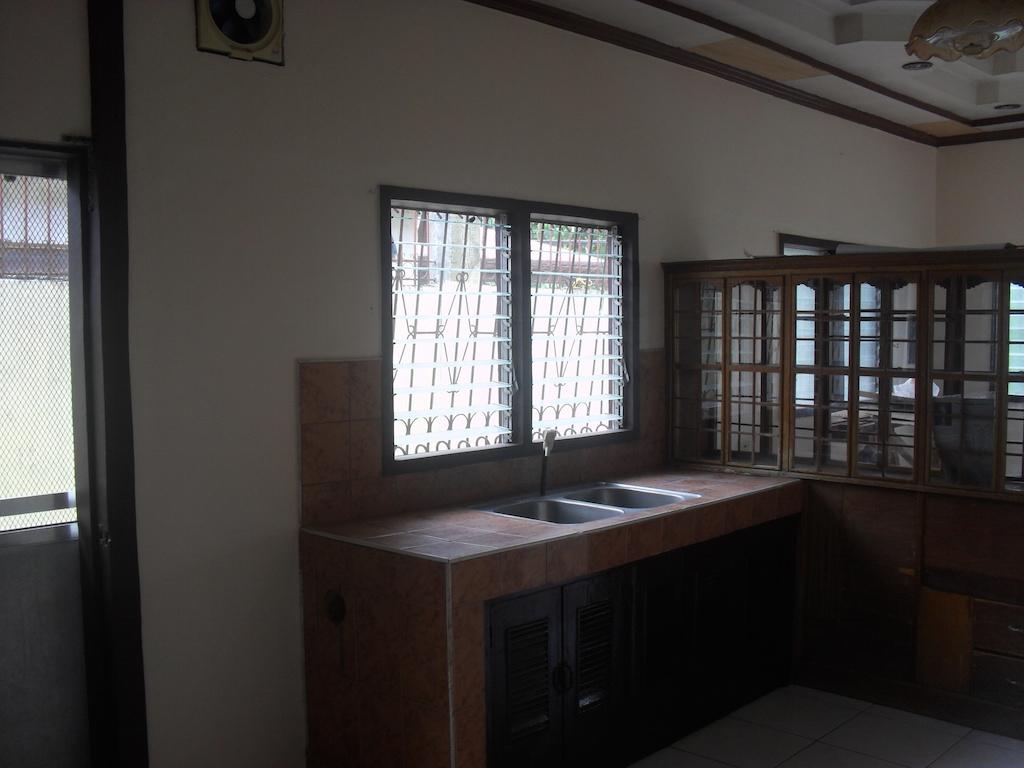 FOR SALE: House Davao >Davao City 4