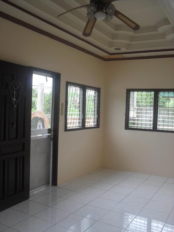 FOR SALE: House Davao >Davao City 9