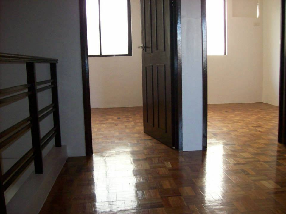 FOR SALE: House Rizal 1