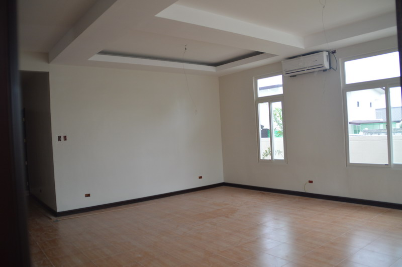 FOR SALE: House Pampanga > Angeles City 5